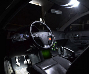 https://www.ledperf.co.uk//images/products/ledperf.com/90/W500/4848_pack-interieur-luxe-full-leds-blanc-pur-pour-volvo-s40.jpg