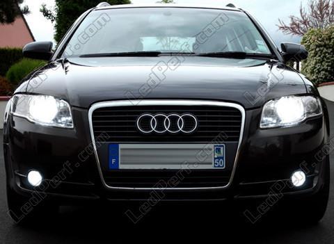 Pack Headlights Xenon Effect Bulbs For Audi A4 B7