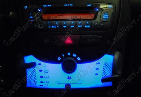 Led meter dash kit citroen c1 blue red white green for Citroen c1 led verlichting