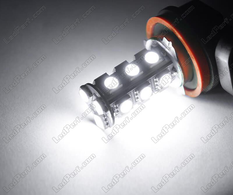 Pack of 2 HB3 9005 LED bulbs - 6000K Xenon White