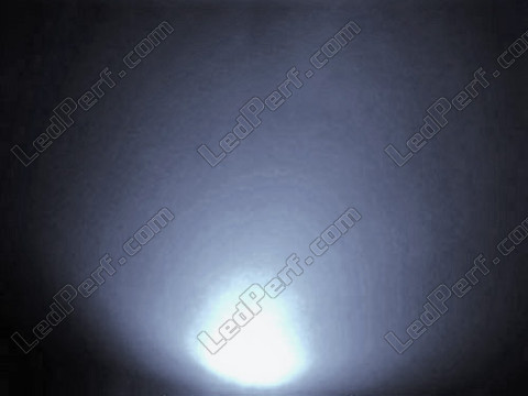 3 mm white wide angle LED