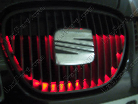 Radiator grille - red LED strip - waterproof 90cm
