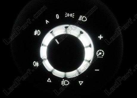 how to change dashboard light color