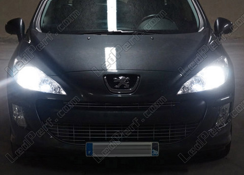 Pack Headlights Xenon Effect Bulbs For Peugeot 308