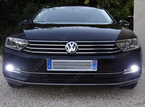 pack led daytime running lights for volkswagen passat b8. Black Bedroom Furniture Sets. Home Design Ideas