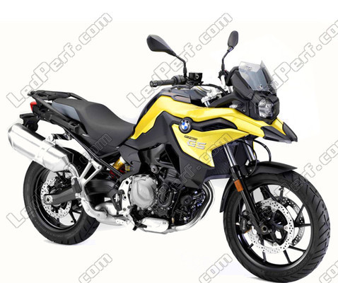 Additional LED headlights for BMW Motorrad F 750 GS - Long range on