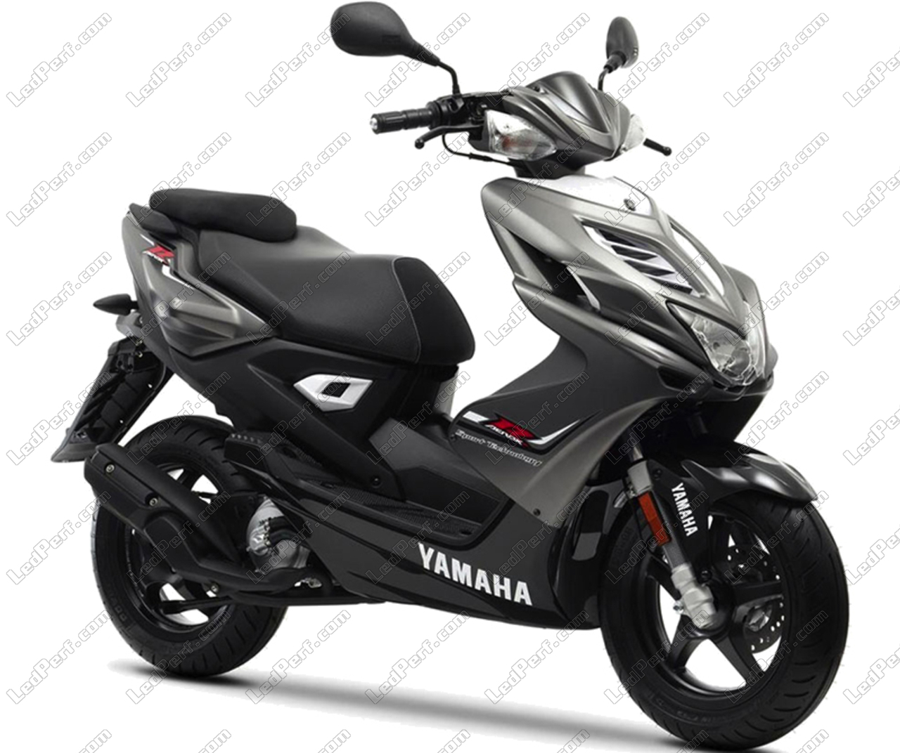 additional led headlights for scooter yamaha aerox 50. Black Bedroom Furniture Sets. Home Design Ideas