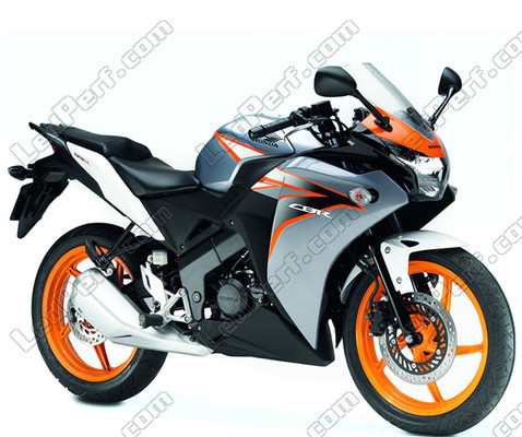 pack headlights xenon effect bulbs for honda cbr 125 r. Black Bedroom Furniture Sets. Home Design Ideas