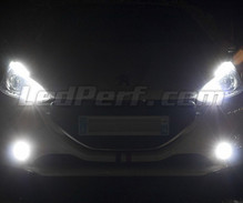 Xenon Effect bulbs pack for Peugeot 208 headlights