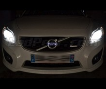 Pack Xenon Effects headlight bulbs for Volvo C30