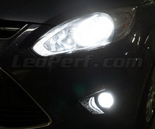 Pack Xenon Effects headlight bulbs for Ford C-MAX MK2