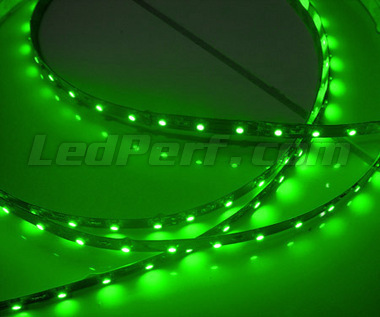 Standard 1 metre flexible strip of (60 leds SMD) green